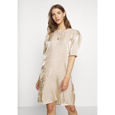 ビーヤング ワンピース レディース トップス GIELA DRESS - Day dress - beige