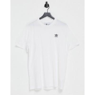 アディダス メンズ シャツ トップス adidas Originals essentials t-shirt in white with small logo White