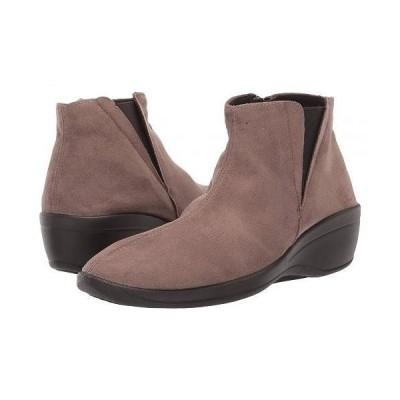 Arcopedico アルコペディコ レディース 女性用 シューズ 靴 ブーツ アンクルブーツ ショート Luana - Olive Faux Suede