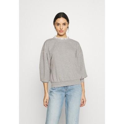 オンリー パーカー・スウェットシャツ レディース アウター ONLLISA O NECK - Sweatshirt - light grey melange/white