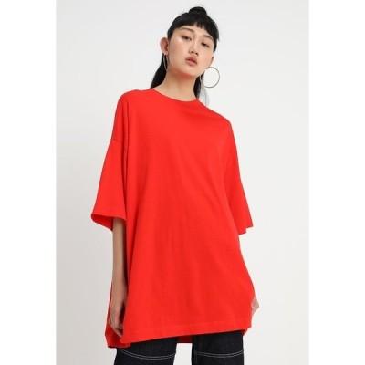 ウィークデイ Tシャツ レディース トップス HUGE - Basic T-shirt - red