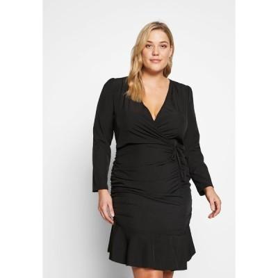 ミスガイデッド ワンピース レディース トップス FLORAL PLUNGE WRAP RUCHED MINI DRESS - Day dress - black