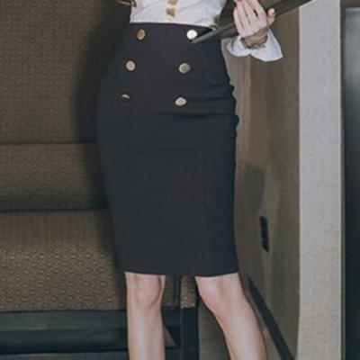 メタルボタン・ミディ?丈タイトスカート