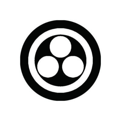 家紋シール 白紋黒地 丸に三つ星 布タイプ 直径40mm 6枚セット NS4-0567W