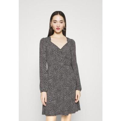 ヴェロモーダ レディース ドレス VMNIMUE DETAIL DRESS - Day dress - black