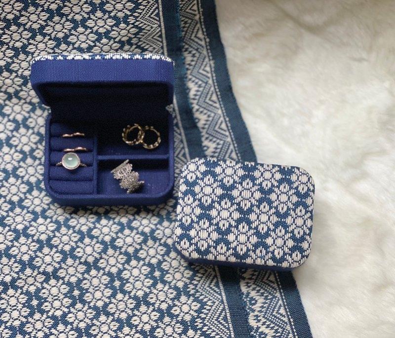 迷你便攜式珠寶收納盒(Pikul花朵圖案)