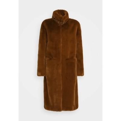 デイ・ビルゲール・エ・ミッケルセン コート レディース アウター GIVE ME - Classic coat - caramello