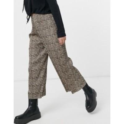 エイソス レディース カジュアルパンツ ボトムス ASOS DESIGN plisse culotte pants in animal print Multi