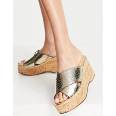 リバーアイランド レディース サンダル シューズ River Island cork flatform wedge heeled sandal in gold Gold