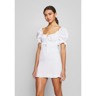 グラマラス ワンピース レディース トップス PUFF SLEEVE DRESS - Day dress - white