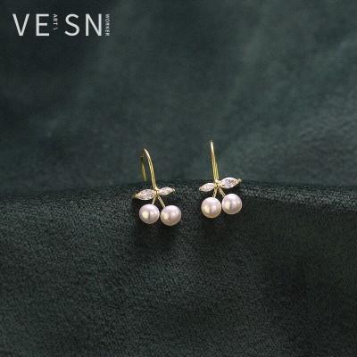 「高品質」唯昕s925純銀チェリーピアス金色復古少女心のイヤリング真水真真珠耳付韓国