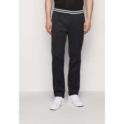 エンポリオ アルマーニ カジュアルパンツ メンズ ボトムス Trousers - black