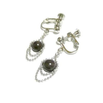 【フリンジ】スタールビー(7.5mm丸珠)フリルのイヤリング