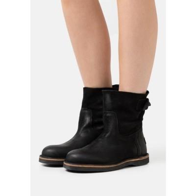 レディース 靴 シューズ Classic ankle boots - black