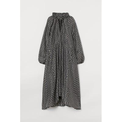 H&M - リヨセルブレンドカフタンワンピース - ブラック