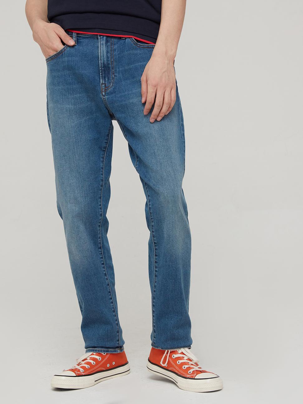 男裝 淺色中腰修身款牛仔褲