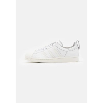 アディダス メンズ 靴 シューズ SUPERSTAR SPORTS INSPIRED SHOES UNISEX - Trainers - footwear white/offwhite/grey two
