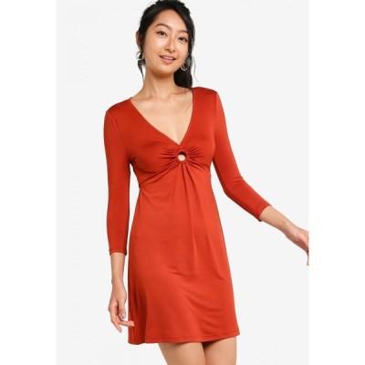 サムシングボロウド Something Borrowed レディース パーティードレス ワンピース・ドレス Ring Detail Fit And Flare Knit Dress Brick