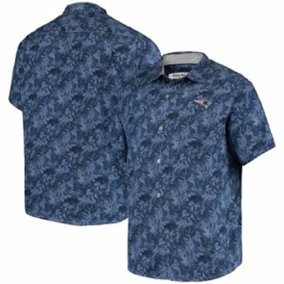 """トミーバハマ メンズ カジュアルシャツ """"New England Patriots"""" Tommy Bahama Sport Jungle Shade Camp Button-Down Shirt - Navy"""