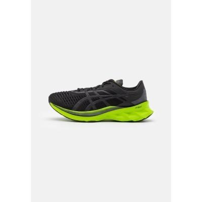 アシックス シューズ メンズ ランニング NOVABLAST - Neutral running shoes - black/lime zest