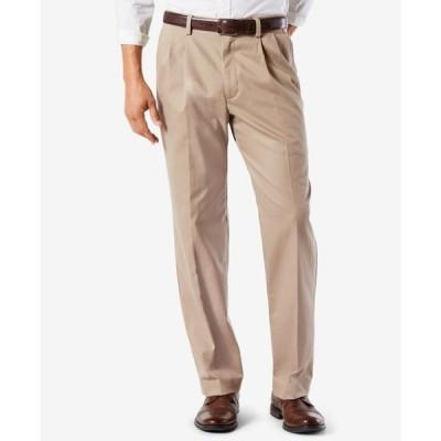 ドッカーズ メンズ カジュアルパンツ ボトムス Men's Easy Classic Pleated Fit Khaki Stretch Pants