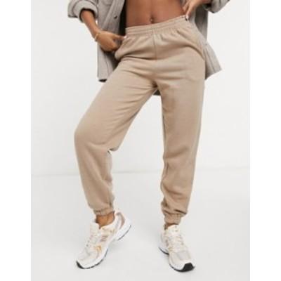ニュールック レディース カジュアルパンツ ボトムス New Look oversized cuffed sweatpants in mink Light brown