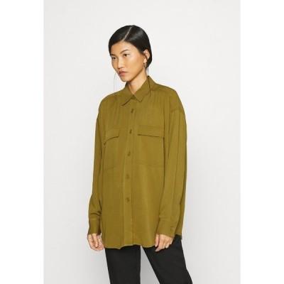 キャリン ウェスター シャツ レディース トップス BLOUSE ESMERALDA - Button-down blouse - ivygreen