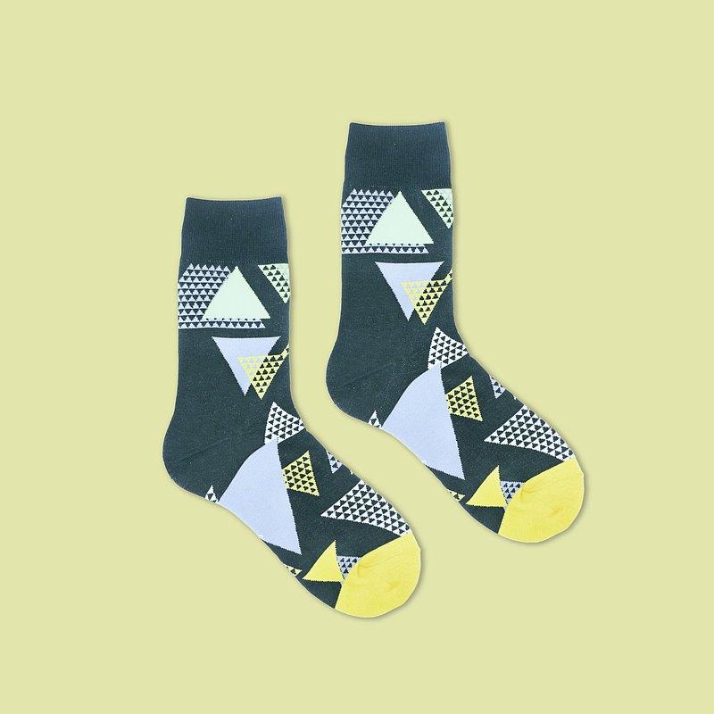 三稜鏡/綠(M、L)-MIT設計中筒襪