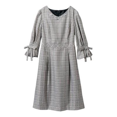 【大きいサイズ】 ビジュー使い袖口リボンワンピース(プライベートレーベル) ワンピース, plus size dress