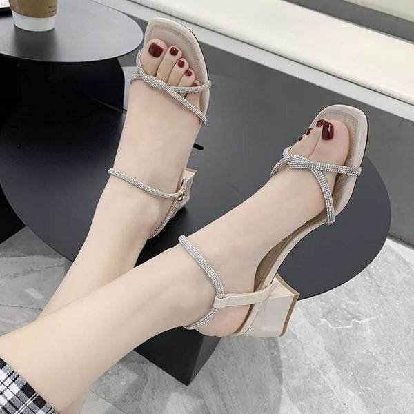 流行女鞋新款涼鞋中跟粗跟套腳一字帶仙女風韓版百搭ins潮夏