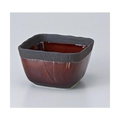 小鉢 和食器 / いぶし渕黒飴釉3.6四角小鉢 寸法:9 x 5.5cm