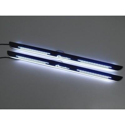 カプチーノ CAPPUCCINO スズキ SUZUKI  ドアスカッフプレート ホワイト 白 LED 流れる 光る シーケンシャル EA11/EA21系共通