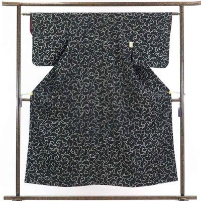 リサイクル着物 小紋 正絹黒地蝶柄袷小紋着物