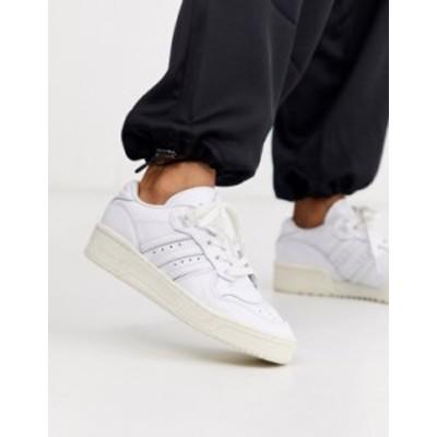 アディダス レディース スニーカー シューズ adidas Originals Rivalry Low sneakers in white Ftw wht