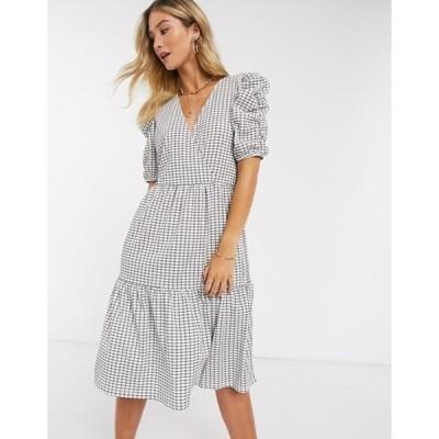 ヴェロモーダ レディース ワンピース トップス Vero Moda tiered midi dress with puff sleeves in white check
