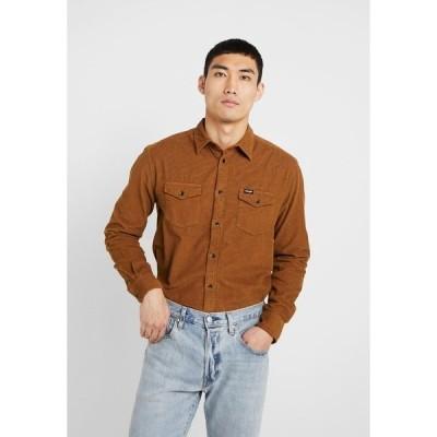 ラングラー シャツ メンズ トップス FLAP - Shirt - russet brown