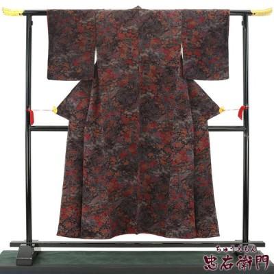 中古  花鳥文様の縮緬小紋 正絹 リサイクル レディース カジュアル パープル 裄62cm 小さいサイズ あすつく対応