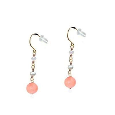 ピアス レディース 珊瑚 ピンク ミルキーピンク K18 18金フック スリーストーン 揺れる 女性 贈り物/誕生日プレゼント パール 真珠