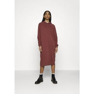 ノイズィーメイ レディース ファッション NMHELENE DRESS - Day dress - hot chocolate