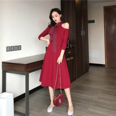 エレガント 赤いドレス ワンピ―ス  個性的なデザイン バッグヒップ ひざ丈  ワンピース オケージョン  オフショルダー ドレス 上品 フォーマル