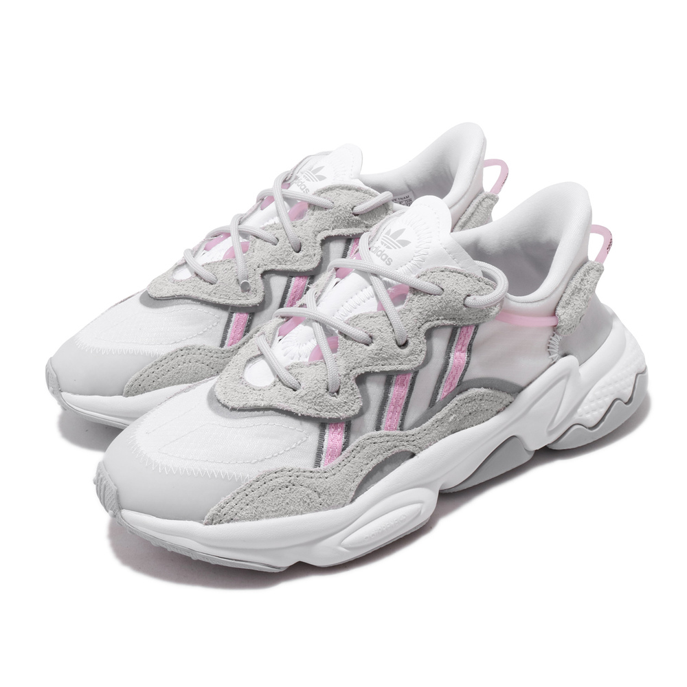 ADIDAS 休閒鞋 Ozweego 老爹鞋 流行 女鞋 愛迪達 三葉草 反光 麂皮 球鞋穿搭 灰 粉 [EG8729]
