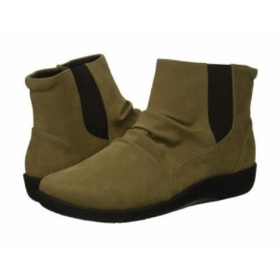 Clarks クラークス レディース 女性用 シューズ 靴 ブーツ アンクル ショートブーツ Sillian Rima Sage Synthetic【送料無料】
