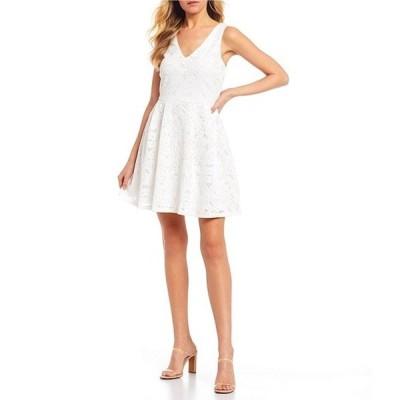 ミッドナイト ドール レディース ワンピース トップス Laser Cut Fit-and-Flare Dress