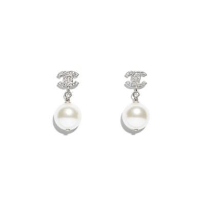 CHANEL Coco Mark White Pearl Design Earrings Silver シャネル ココマーク ホワイトパール デザイン ピアス (シルバー)