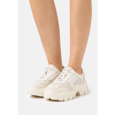 エヌエーケイディー レディース 靴 シューズ CHUNKY TREKKING TRAINERS - Trainers - beige