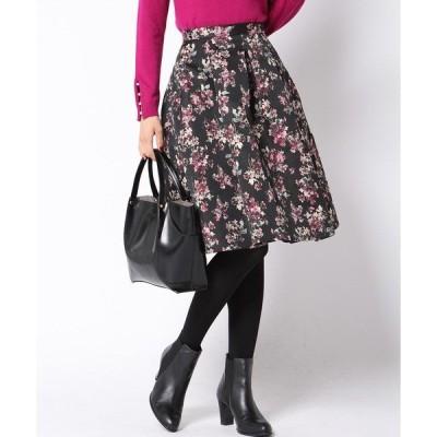 花柄ジャガードタックフレアスカート