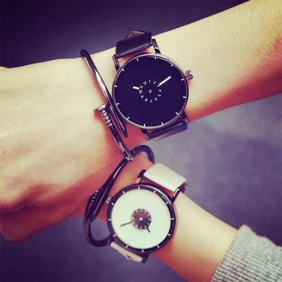 最安値★ 人気急上昇!腕時計ペアルックペアウォッチ腕時計 韓国人気品 !!恋人、友達、生活防水!カジュアル ビジネスおしゃれ 人気 お誕生日 プレゼント quartz watchレディース メンズ