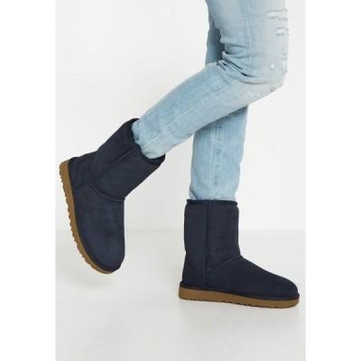 アグ ブーツ&レインブーツ レディース シューズ CLASSIC SHORT - Classic ankle boots - navy