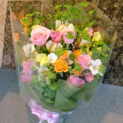季節のおまかせ花束「花いっぱい♪」 写真送付