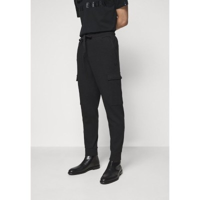 トゥルーレリジョン カジュアルパンツ メンズ ボトムス Cargo trousers - black